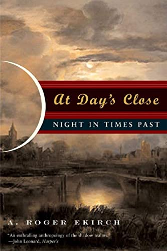 9780393329018: At Day's Close - Night in Times Past