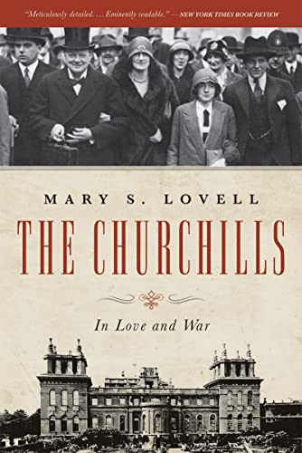 9780393342253: The Churchills: In Love and War