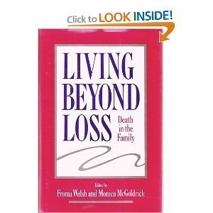 9780393701043: Living Beyond Loss: Death in the Family