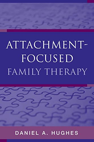 9780393705263: Attachment-Focused Family Therapy