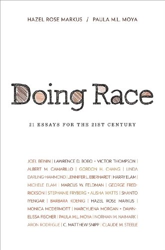 9780393930702: Doing Race: 21 Essays for the 21st Century