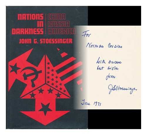 9780394471471: Nations in darkness: China, Russia, and America