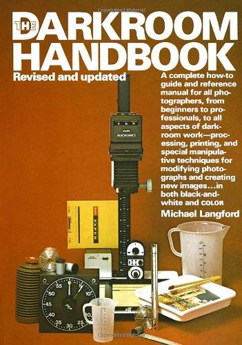 9780394724683: The Darkroom Handbook