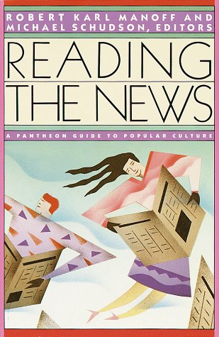 9780394746494: Reading the News