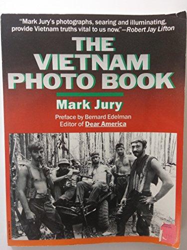 The Vietnam Photo Book: Jury, Mark