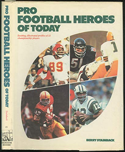 9780394826295: Pro football heroes of today (Landmark giant, 23)
