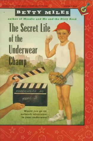 9780394845630: The Secret Life of the Underwear Champ (Capers)
