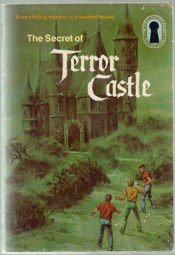 9780394864013: SECRET OF TERROR CASTL