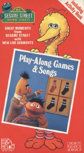 9780394883113: Play-Along Games & Songs [VHS]