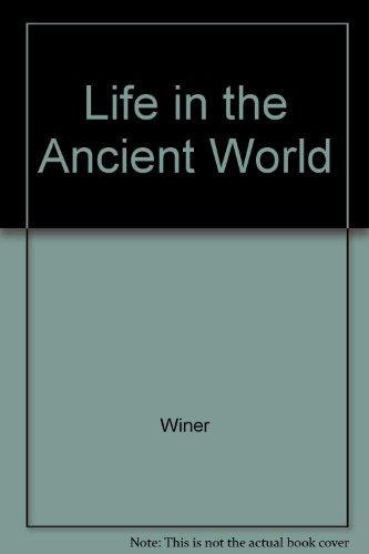 9780394907338: Life in the Ancient World