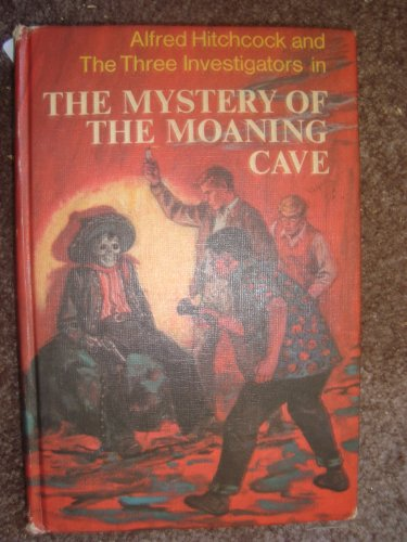 9780394914237: Alfred Hitchcock and the Three Investigators in the Mystery of the Moaning Cave