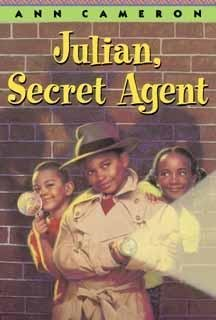 9780394919492: Julian, Secret Agent (Stepping Stone Chapter Books)
