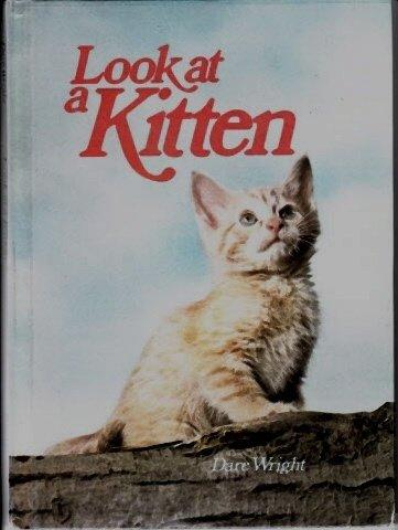 9780394931234: Look at a Kitten