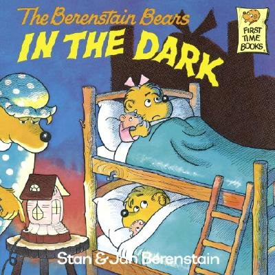 9780394954431: Berenstain Bears In The Dark