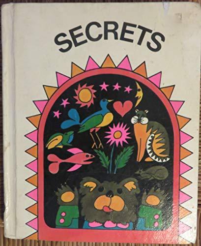 Secrets (The Houghton Mifflin Readers): William K. Durr; Jean M. Le Pere; Bess Niehaus