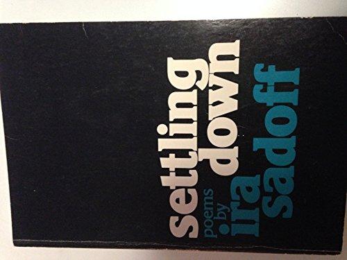 9780395203613: Settling down : [poems]
