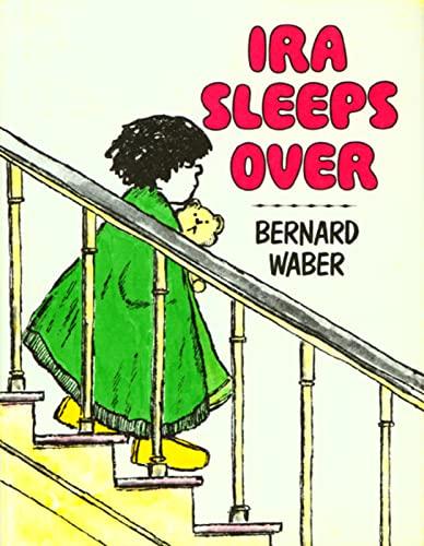 9780395205037: Ira Sleeps Over