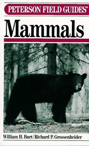 9780395240847: Mammals, 3rd Edition (Peterson Field Guide)