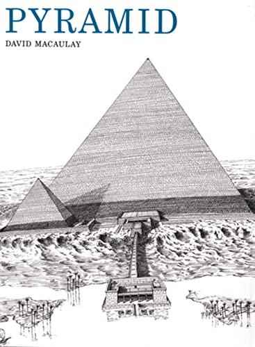 9780395321218: Pyramid