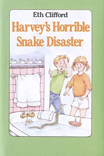 9780395353783: Harvey's Horrible Snake Disaster