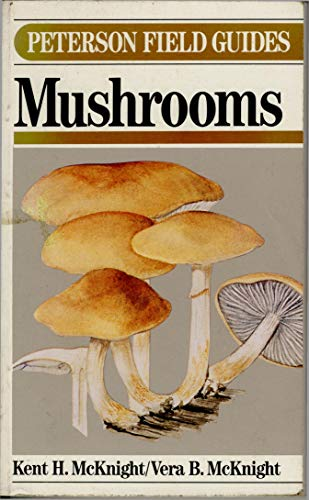 9780395421024: A Field Guide to Mushrooms North America (Peterson Field Guides)