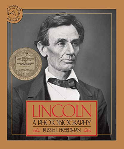 9780395518489: Lincoln: A Photobiography (Houghton Mifflin social studies)