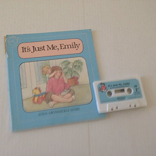 9780395526033: IT'S JUST ME EMILY PA+AUDIO (Favorites Series)