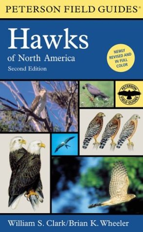 9780395670682: A Field Guide to Hawks of North America (Peterson Field Guide Series)