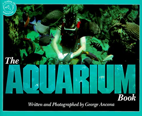 9780395699409: The Aquarium Book