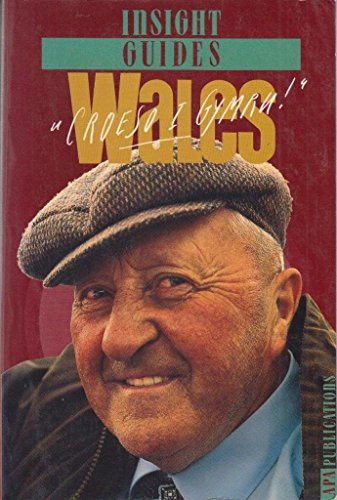 9780395738290: Wales (Insight guides)