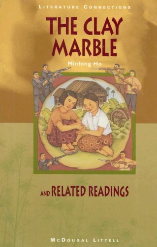 9780395771556: The Clay Marble and Related Readings