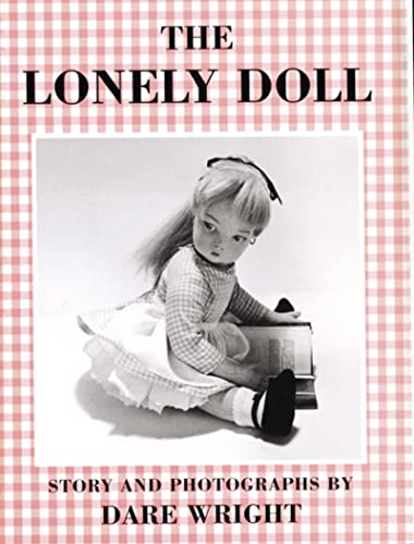 9780395899267: The Lonely Doll