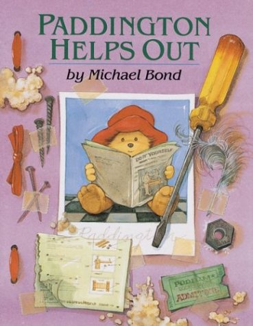 9780395960370: Paddington Helps Out (Paddington Bear)