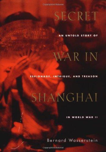 9780395985373: Secret War in Shanghai