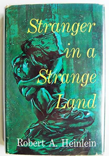 9780399107726: Stranger in a Strange Land