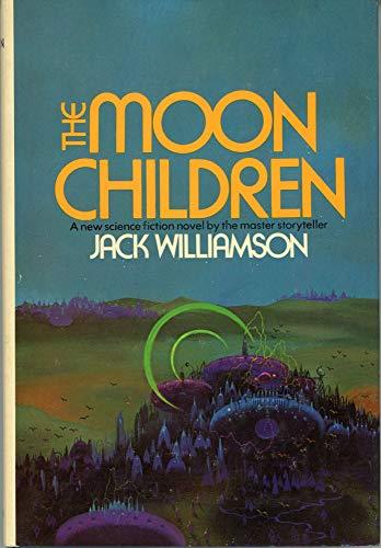 9780399109508: The Moon Children.
