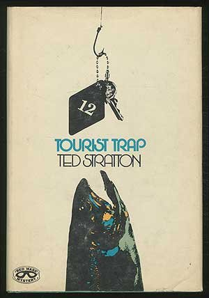 9780399116087: Tourist trap (Red mask mystery)