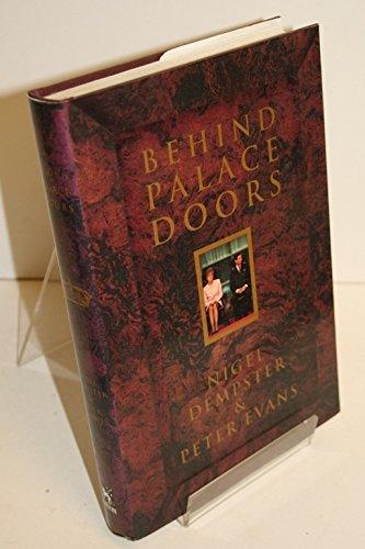 9780399138607: Behind Palace Doors
