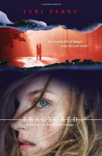 9780399161735: Fractured: A Slated novel, Book 2