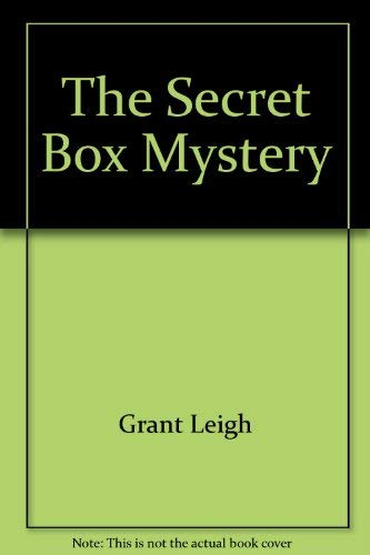 9780399203800: The secret box mystery