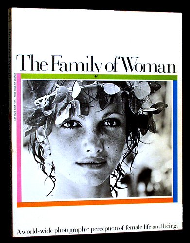 9780399509667: The Family of Woman