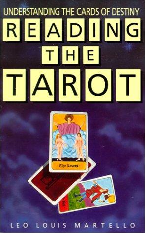 9780399527371: Reading the Tarot