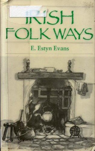 9780415002257: Irish Folk Ways