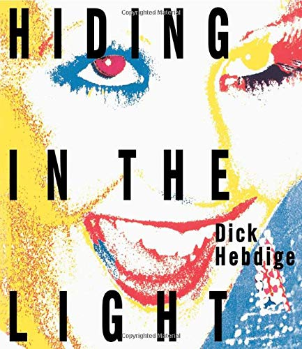 9780415007375: Hiding in the Light: On Images and Things (Comedia)