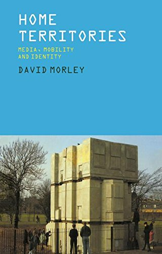9780415157643: Home Territories: Media, Mobility and Identity (Comedia)