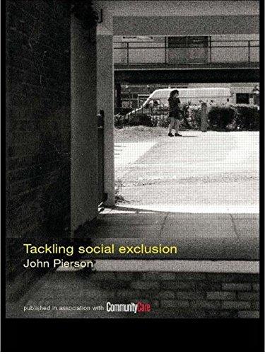 9780415256834: Tackling Social Exclusion (Social Work Skills Series)