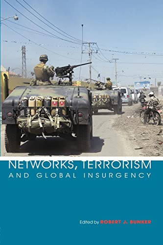 9780415385947: Networks, Terrorism and Global Insurgency