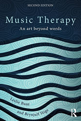 9780415450690: Music Therapy: An art beyond words