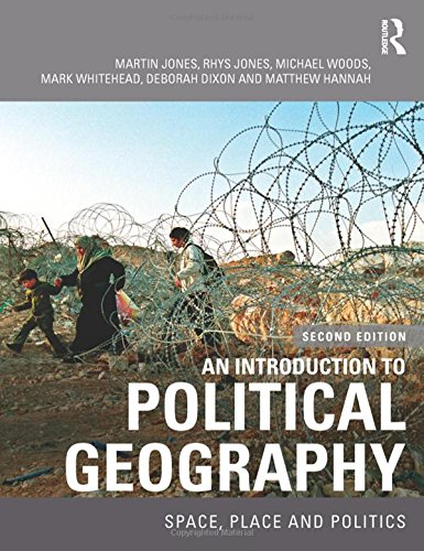 9780415457965: An Introduction to Political Geography: Space, Place and Politics