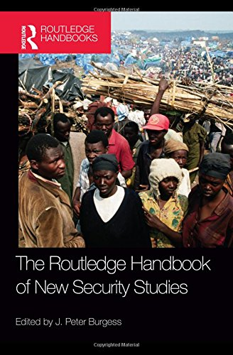 9780415484374: The Routledge Handbook of New Security Studies (Routledge Handbooks)